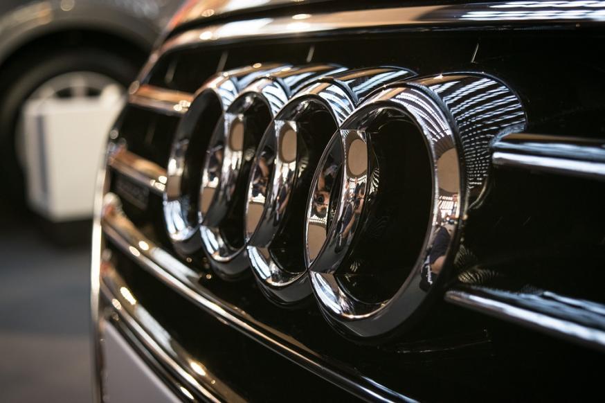 Crash Audi Q7, crash, auto
